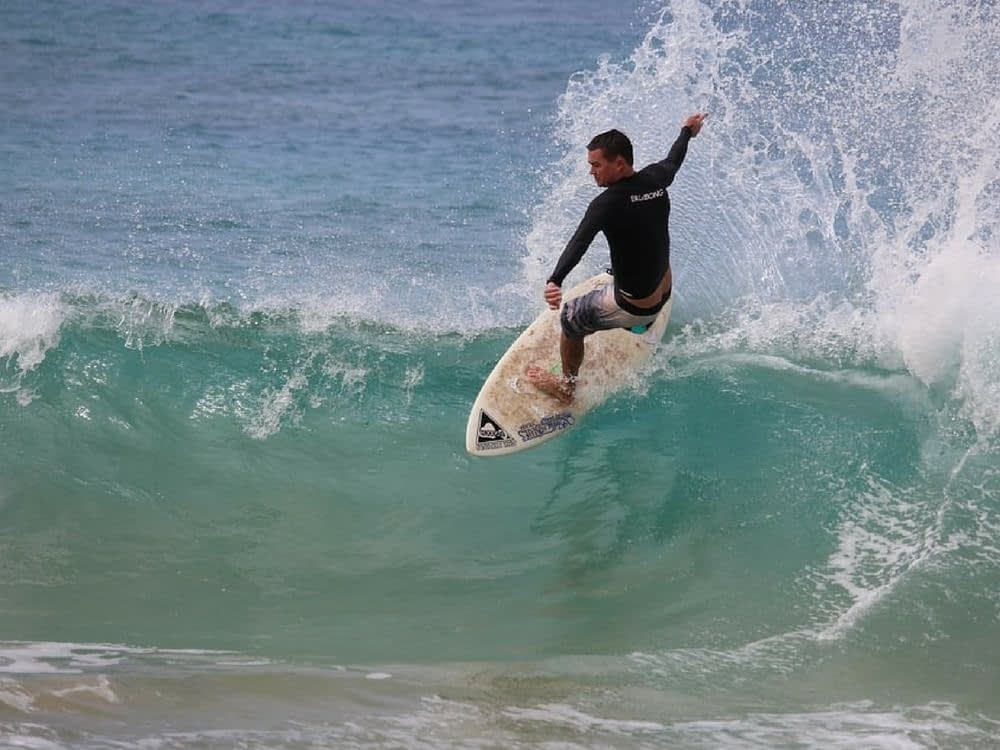 Surfing in Maui HI with Garrett Lisi - Experiences You ...